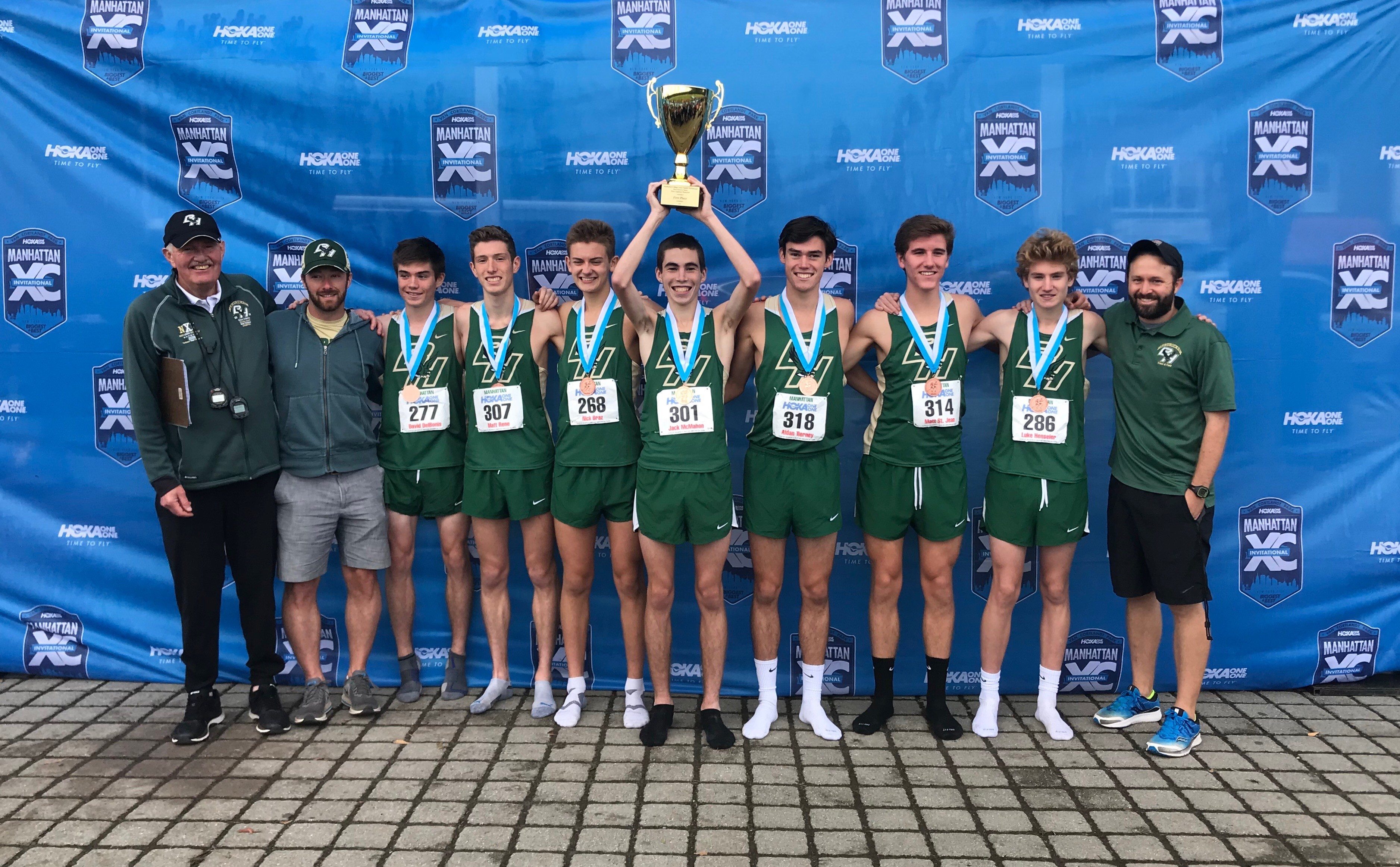 Cross Country captures Eastern States Championship at Manhattan Invitational